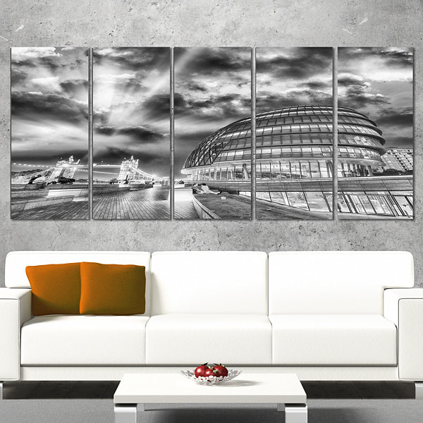 Designart London Night Cityscape Around SouthwarkCityscapeWrapped Canvas Print - 5 Panels