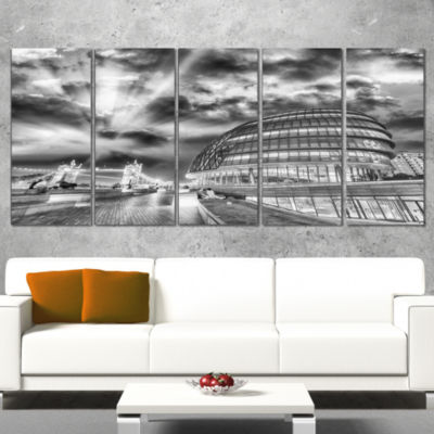 Designart London Night Cityscape Around SouthwarkCityscapeCanvas Print - 5 Panels