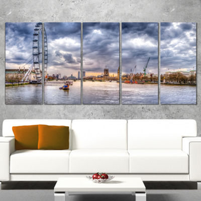Designart London Skyline and River Thames Cityscape Canvas Print - 5 Panels