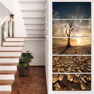 Designart Lonely Dead Tree in Cracked Land Large Landscape Canvas Art - 4 Panels