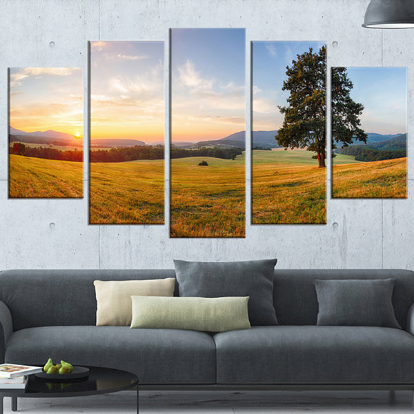Lonely Tree on Meadow At Sunset Landscape Photography Canvas Print - 4 Panels