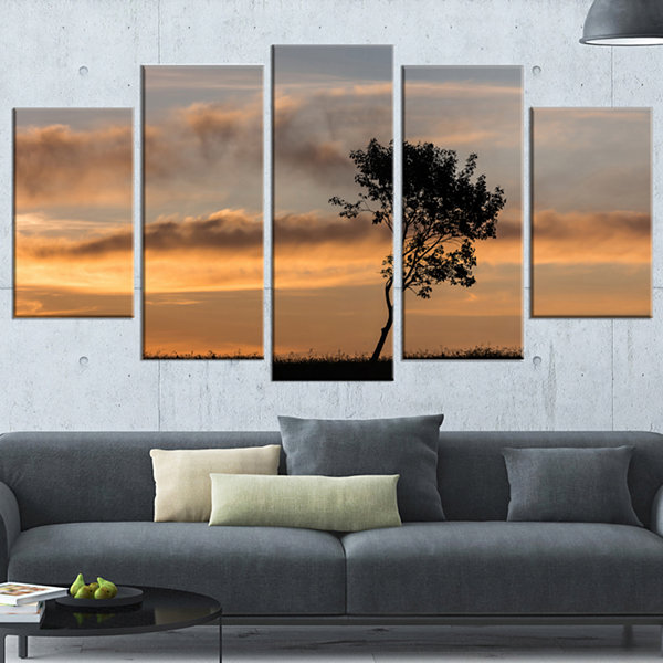 Designart Lonely Tree Silhouette Rightwards Landscape Wrapped Canvas Art Print - 5 Panels