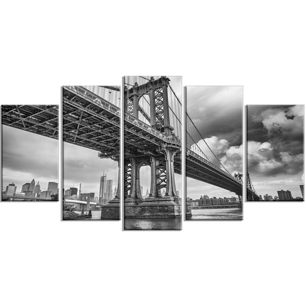 Designart Manhattan Bridge in Gray Shade CityscapePhoto Canvas Print - 4 Panels
