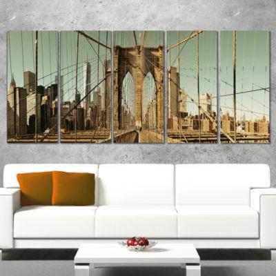Designart Manhattan Bridge in New York Brown Cityscape Canvas Print - 5 Panels