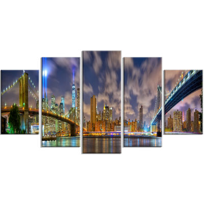 Designart Manhattan in Memory of September 11 Cityscape Wrapped Canvas Print - 5 Panels