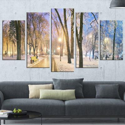 Designart Mariinsky Garden Long Shot Landscape Photography Canvas Art Print - 5 Panels