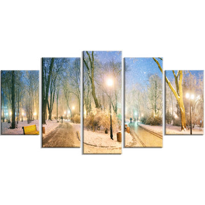 Designart Marrinsky Garden Panorama Landscape Photography Canvas Print - 4 Panels