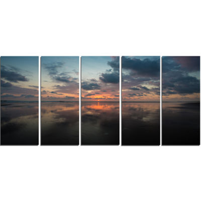 Designart Matapalo in Costa Rica Beach Sunset Extra Large Seascape Art Canvas - 5 Panels