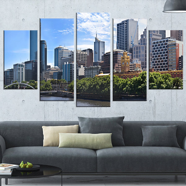 Designart Melbourne City Victoria Cityscape LargePhotography Canvas Art Print - 5 Panels