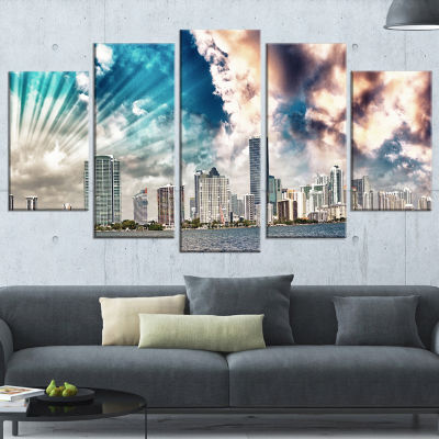 Designart Miami Skyline With Clouds Cityscape Photo Canvas Print - 5 Panels