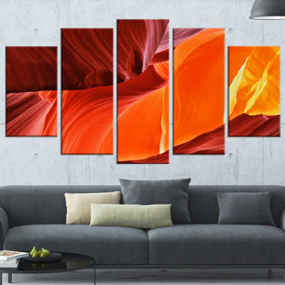 Designart Midday in Antelope Canyon Landscape Photo Canvas Art Print - 5 Panels