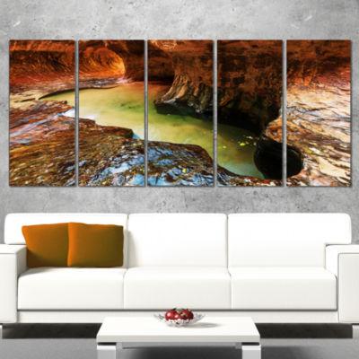 Designart Narrows in Zion National Park Utah Landscape Canvas Art Print - 4 Panels