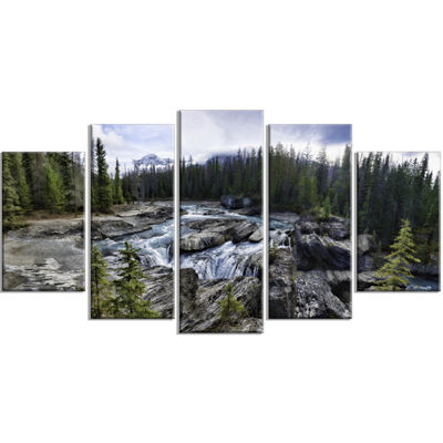 Designart Natural Bridge in Yoho Large Landscape Art Print Canvas - 5 Panels