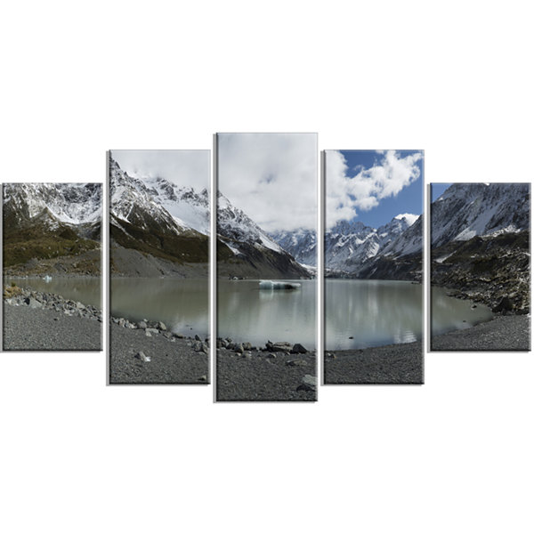 Designart New Zealand Mountains Panorama Large Landscape Wrapped Canvas Art - 5 Panels
