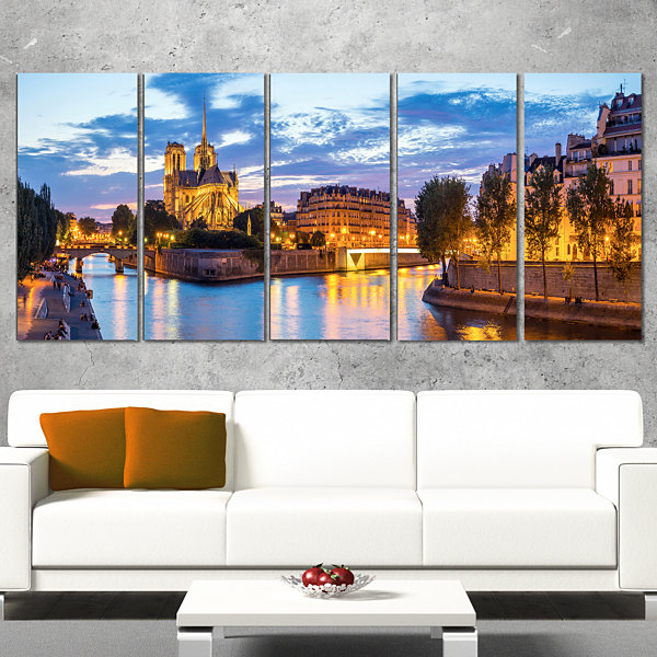Designart Notre Dame Cathedral Landscape Photography CanvasArt - 5 Panels