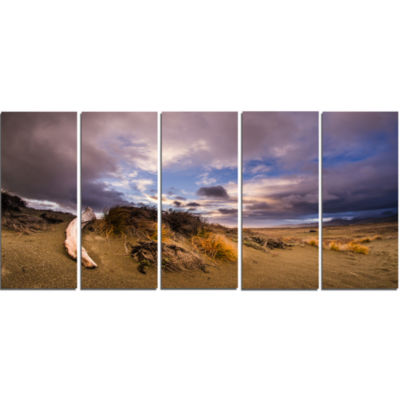 Old Wooden Trunk in The Sunset Modern Seascape Canvas Artwork - 5 Panels