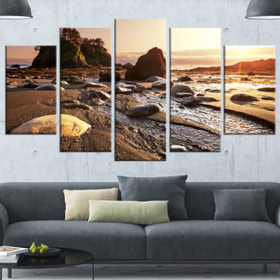 Designart Olympic National Park Coast Large Seashore WrappedCanvas Print - 5 Panels