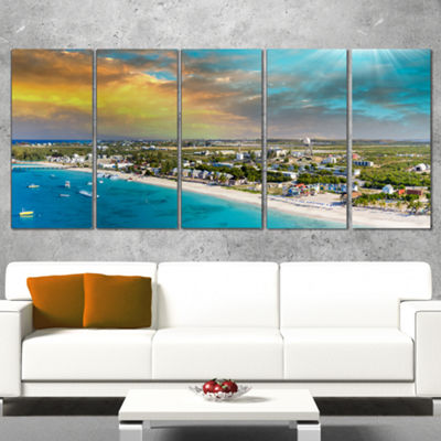 Designart Panoramic Caribbean Island Landscape Photography Canvas Print - 5 Panels
