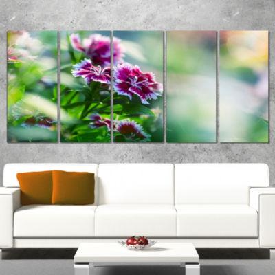 Designart Pink Flowers on Green Background FloralCanvas ArtPrint - 5 Panels