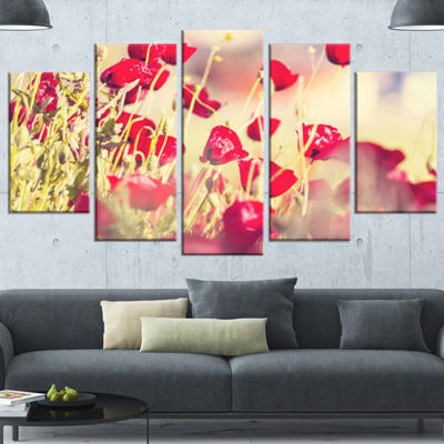 Designart Poppy Flowers on Light Background FloralWrapped Canvas Art Print - 5 Panels