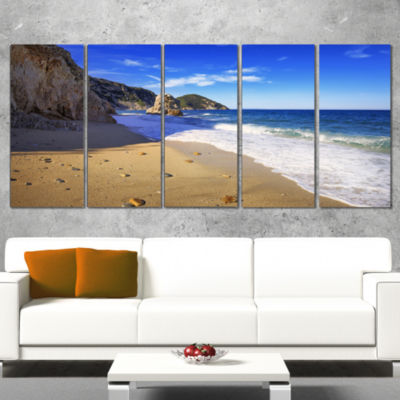 Designart Portoferraio Sansone Sorgente Beach Oversized Landscape Wrapped Art Print - 5 Panels