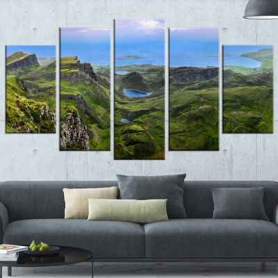 Designart Quiraing Skye Highland Scotland Landscape Photography Wrapped Canvas Print - 5 Panels