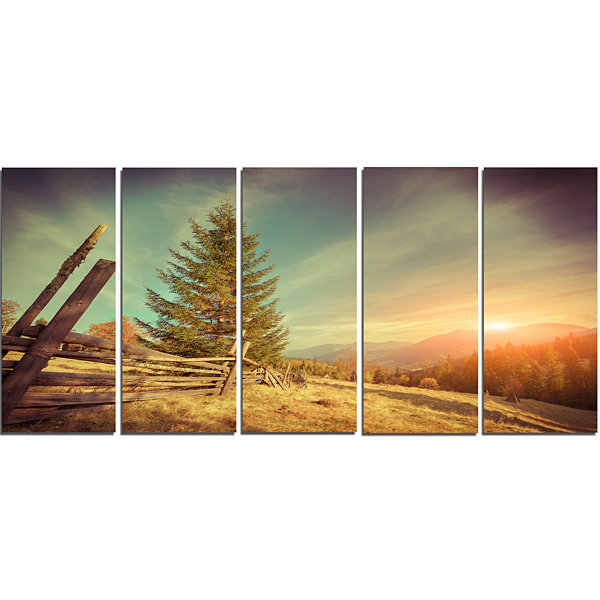 Designart Retro Style Autumn in Mountains Landscape Photo Canvas Art Print - 5 Panels