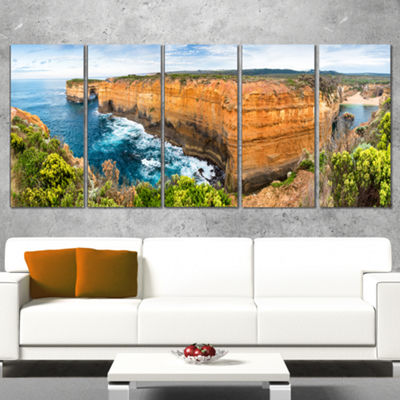 Designart Rocks and Vegetation of Victoria Beach Large Seascape Art Canvas Print - 4 Panels