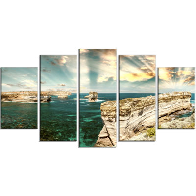 Designart Rocks At Great Ocean Road Victoria ExtraLarge Seascape Art Wrapped Canvas - 5 Panels