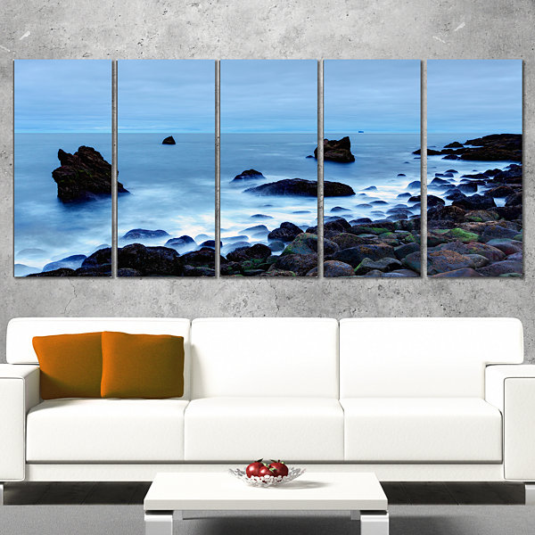 Designart Rocky Coast Near Raykjanes Extra Large Seashore Wrapped Canvas Art - 5 Panels