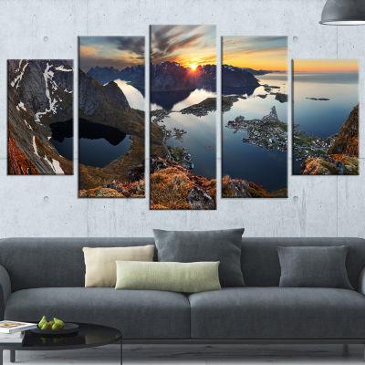 Designart Rocky Sea Mountains Seascape PhotographyWrapped Canvas Art Print - 5 Panels