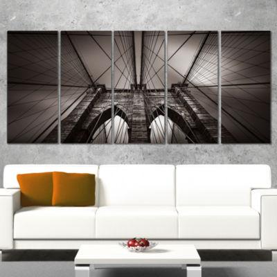 Designart Brooklyn Bridge In NYC USA Canvas Art Print - 5 Panels