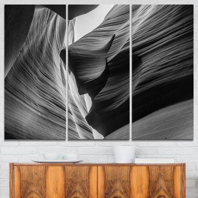 Designart Lower Antelope Canyon Landscape Photo Canvas Art Print - 3 Panels