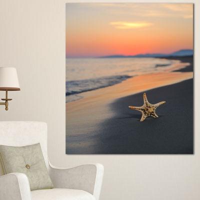 Designart Summer Beach With Starfish Beach And Shore Canvas Art Print