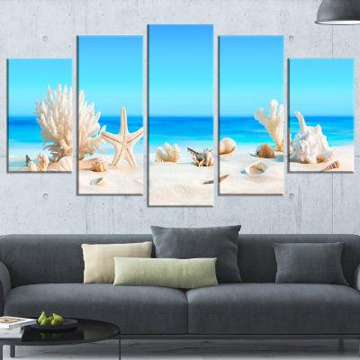 Designart Seashells On Tropical Beach Seashore Photo Canvas Print   5 Panels