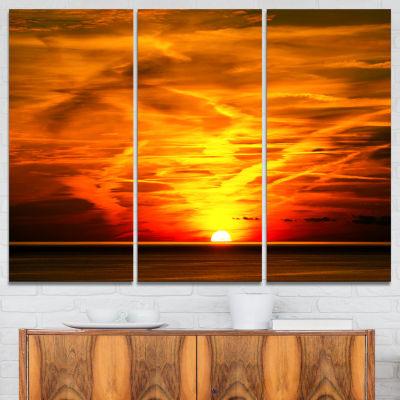 Designart Sunset In Liguria Italy Landscape Photography Canvas Art Print - 3 Panels