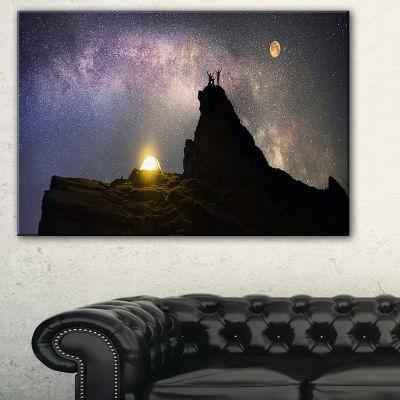 Designart Rock Climbing To Base Camp Landscape Photography Canvas Print