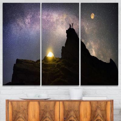 Designart Rock Climbing To Base Camp Landscape Photography Canvas Print - 3 Panels