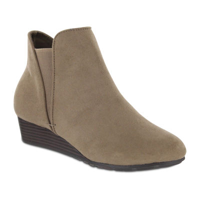 Mia Amore Womens Mia Shoes Booties Wedge Heel Pull-on Wide Width