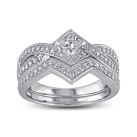 5/8 CT. T.W. Diamond 14K White Gold V-Shaped Bridal Ring Set