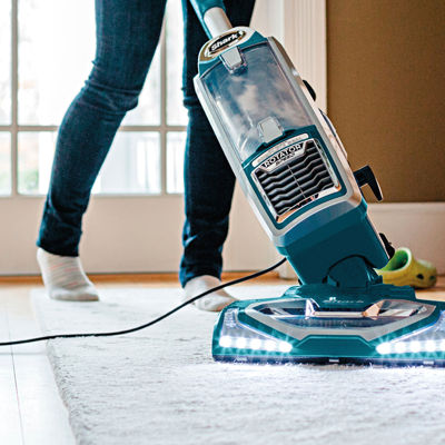 Shark® Rotator® Powered Lift-Away Speed™ Upright Vacuum   NV681