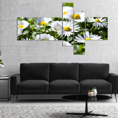 Designart Spring Background With White Flowers Multipanel Floral Canvas Art Print - 4 Panels