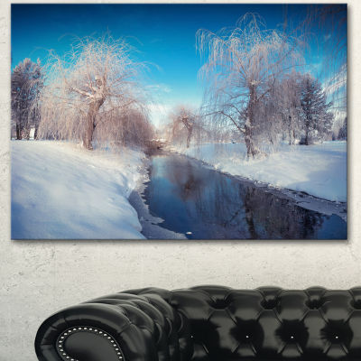 Designart Amazing Winter In City Park Large Landscape Canvas Art Print
