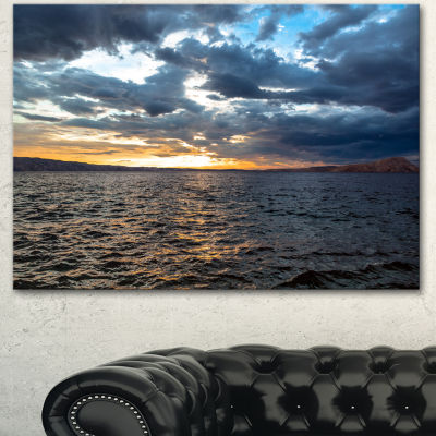 Designart Beautiful Seascape Under Cloudy Sky Modern Seashore Canvas Art
