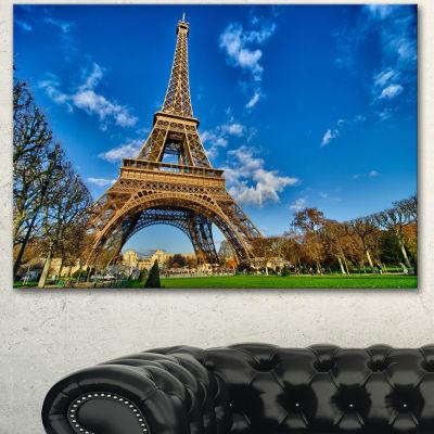 Designart Beautiful Winter Day In Paris Extra Large Canvas Art Print 3 Panels