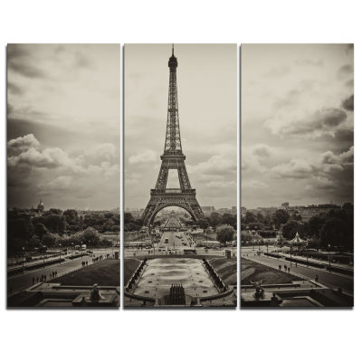 Designart Vintage View Of Paris France Cityscape Photo Canvas Print - 3 Panels