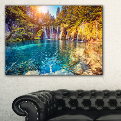 Designart Turquoise Water And Sunny Beams Landscape Photography Canvas Print