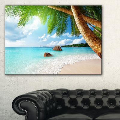 Designart Praslin Island Seychelles Beach SeashorePhoto Canvas Print
