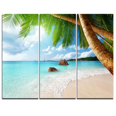 Designart Praslin Island Seychelles Beach Seashore Photo Canvas Print - 3 Panels