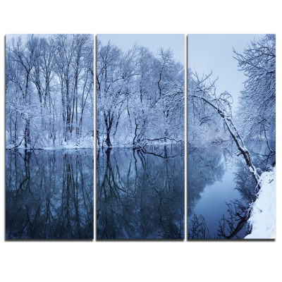 Designart Blue Winter River And Forest LandscapePhoto Canvas Art Print - 3 Panels